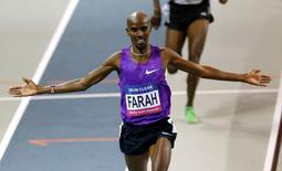 Athletics - Glasgow Indoor Grand Prix - Emirates Arena, Glasgow, Scotland - 20/2/16 Great Britain's Mo Farah wins the 3000m final Action Images via Reuters / Lee Smith Livepic