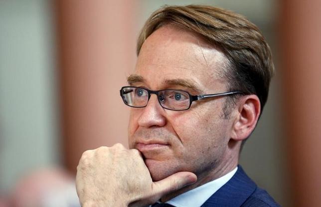 2月24日、ECB理事会メンバーのワイトマン独連銀総裁は、ユーロ圏はデフレから程遠い状況にあるとの認識を示した。写真は昨年7月撮影。(2016年 ロイター/Ralph Orlowski)