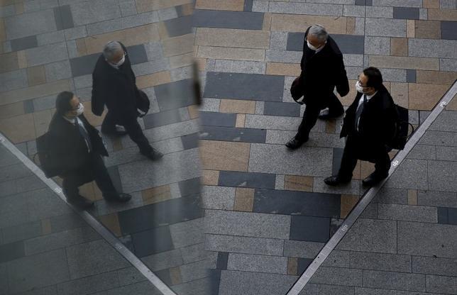 3月1日、1月の完全失業率は3.2%で昨年12月(3.3%)から改善した。都内で2月撮影(2016年 ロイター/YUYA SHINO)