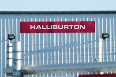El centro de Halliburton en las afueras de Williston, Dakota del Norte. 23 de enero de 2015. Los planes del proveedor de servicios para campos petroleros Halliburton de adquirir a su rival más pequeño Baker Hughes  enfrentan nuevos retrasos, luego de que reguladores antimonopolio de la UE suspendieran por segunda vez una investigación sobre el acuerdo de 35.000 millones de dólares. REUTERS/Andrew Cullen