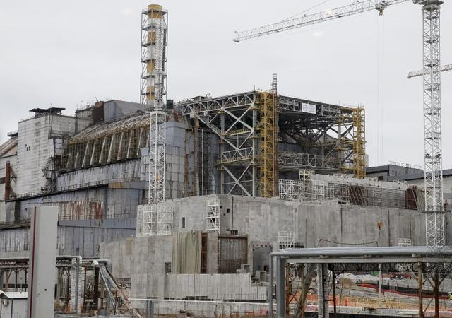 Giant arch to block Chernobyl radiation for next 100 years