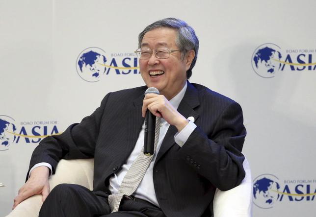 3月24日、中国人民銀の周小川総裁は、競争的な通貨切り下げに反対すると述べた。写真はボーアオ・アジアフォーラムの会場で同日撮影(2016年 ロイター/China Daily)
