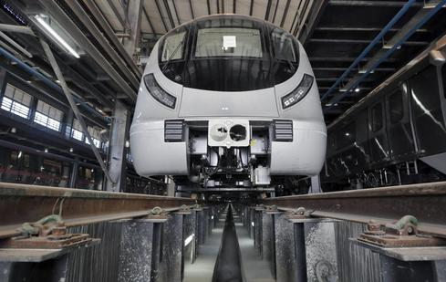 First look: driverless metro train