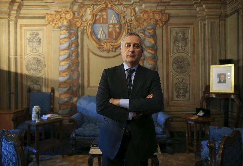 Decriminalising cannabis would hurt Islamic State, mafia - Italy prosecutor