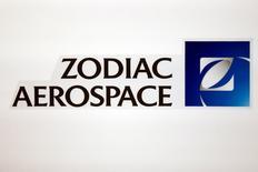"""Une offre publique d'achat de Safran sur Zodiac Aerospace n'est """"pas à l'ordre du jour"""", dit-on de source proche de Safran, une déclaration qui n'atténue pas vraiment l'effervescence boursière autour du fournisseur d'Airbus et Boeing. /Photo prise le 20 avril 2016/REUTERS/Benoit Tessier"""