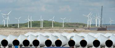 Rotor-blades are pictured at Siemens Wind Power's port of export in Esbjerg June 11, 2012.REUTERS/Fabian Bimmer