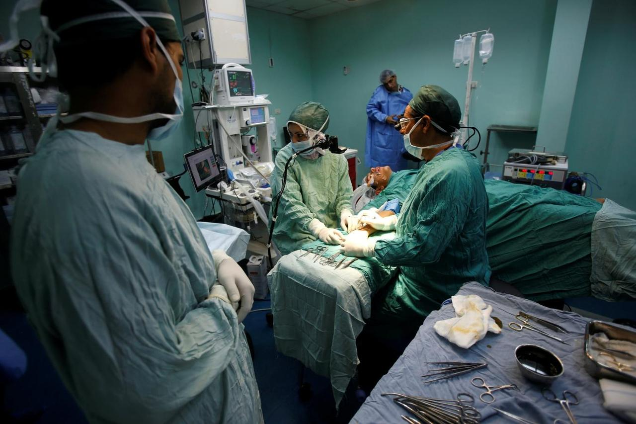 In Gaza, hand surgery gets remote assistance from Beirut - Reuters