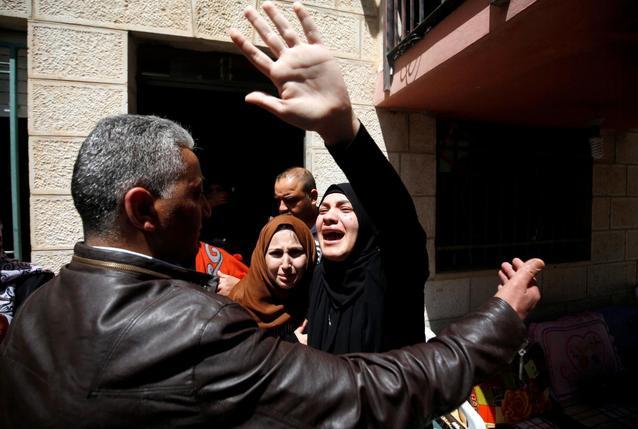 Israeli, Palestinian violence flares alongside Gaza border