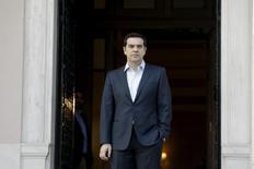 La Grèce compte revenir l'an prochain sur les marchés obligataires pour financer sa dette, a déclaré le Premier ministre Alexis Tsipras. /Photo prise le 10 mars 2016/REUTERS/Michalis Karagiannis