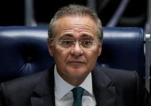 Presidente do Senado, Renan Calheiros, durante sessão da Casa, em Brasília. 11/05/2016 REUTERS/Ueslei Marcelino