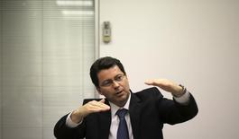 Em foto de arquivo, novo presidente do Banco do Brasil, Paulo Rogério Caffarelli,  fala durante o Reuters Latin America Investment Summit 2013, em São Paulo 23/05/2013 REUTERS/Nacho Doce