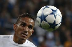 Danilo em jogo do Real Madrid contra o Malmo.  8/12/15.  REUTERS/Juan Medina