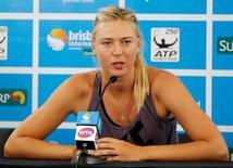 Tenista russa Maria Sharapova em entrevista coletiva na Austrália. 01/01/2013 REUTERS/Daniel Munoz