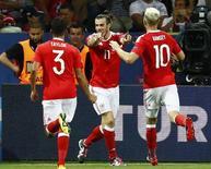 Bale comemora gol do País de Gales contra a Rússia.  20/6/16.  REUTERS/Michael Dalder