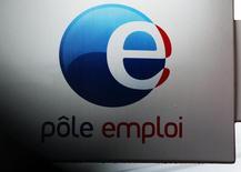 Le chômage est reparti à la hausse en mai en France après deux mois consécutifs de recul, sous l'effet d'un nombre élevé de réinscriptions après les nombreuses désinscriptions pour défaut d'actualisation des dossiers du mois d'avril. /Photo prise le 4 mars 2016/REUTERS/Régis Duvignau
