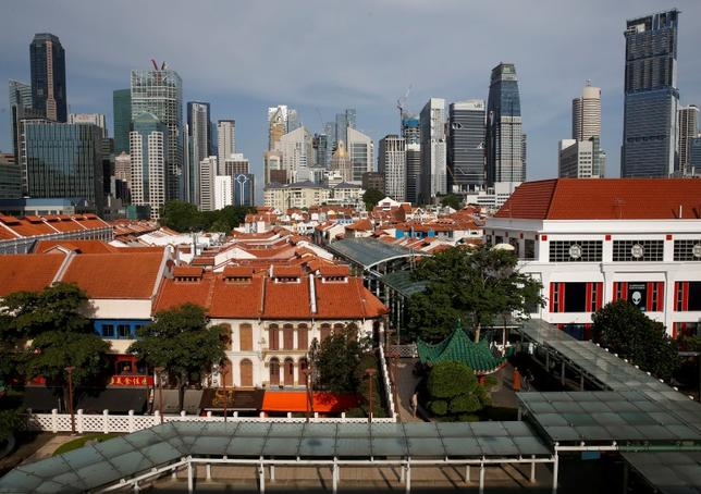 A general view of the skyline of the central business district in Singapore June 29, 2016. Picture taken June 29, 2016.  REUTERS/Edgar Su