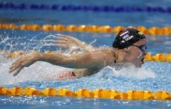 Inge Dekker compete nos 100m borboleta em Cingapura. 1/11/2014. REUTERS/Edgar Su