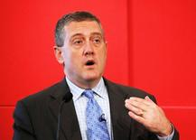 """St. Louis Federal Reserve President James Bullard speaks at a public lecture on """"Slow Normalization or No Normalization"""" in Singapore May 26, 2016. REUTERS/Edgar Su/File Photo"""