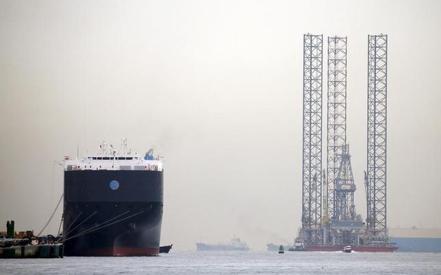 Oil down 3 percent after surprise U.S. crude, gasoline builds