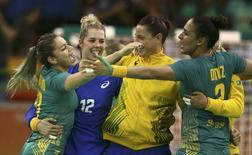 Brasileiras comemoram vitória  08/08/2016. Marko Djurica