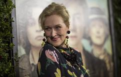 """Cast member Meryl Streep poses at the premiere of """"Suffragette"""" in Beverly Hills, California, October 20, 2015. The movie opens in the U.S. on October 23. REUTERS/Mario Anzuoni/File Photo"""