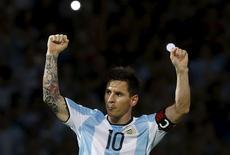 Football Soccer - Argentina v Bolivia - World Cup 2018 Qualifier - Mario Alberto Kempes Stadium, Cordoba, Argentina - 29/03/16. Argentina's Lionel Messi celebrates after he scored a goal. REUTERS/Enrique Marcarian