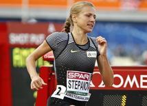 Yulia Stepanova compete em Amsterdã.  6/7/16.  REUTERS/Michael Kooren