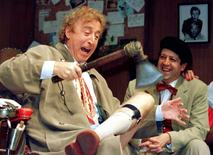 American actor Gene Wilder (L) performs alongside compatriot Rolf Saxon, October 2, during the rehearsal of a scene from Neil Simon's 'Laughter on the 23rd Floor'.