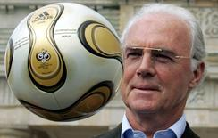 Ex-jogador Franz Beckenbauer.      18/04/2006       REUTERS/Tobias Schwarz/File Photo