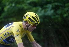 Cycling - Tour de France cycling race - The 146.5-km (91.5 miles) Stage 20 from Megeve to Morzine, France - 23/07/2016  -  Yellow jersey leader Team Sky rider Chris Froome of Britain rides during the stage.    REUTERS/Juan Medina