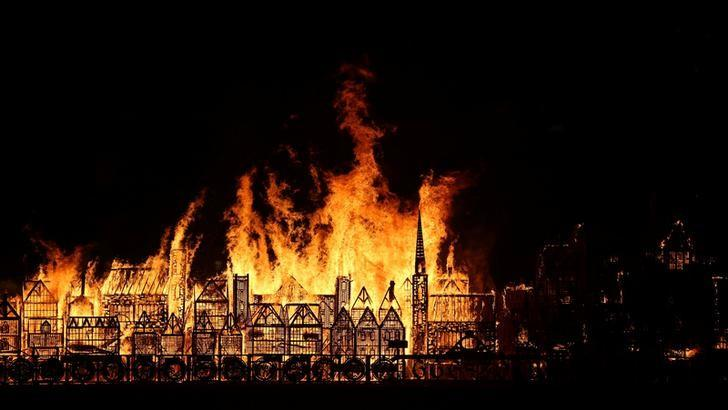 Wooden sculpture of London goes up in flames to mark Great Fire...