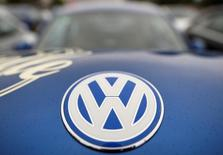 "The logo of a Volkswagen Beetle car is seen at the ""Sunshinetour 2016"" in Travemuende at the Baltic Sea, August 20, 2016.  REUTERS/Fabian Bimmer/File Photo"