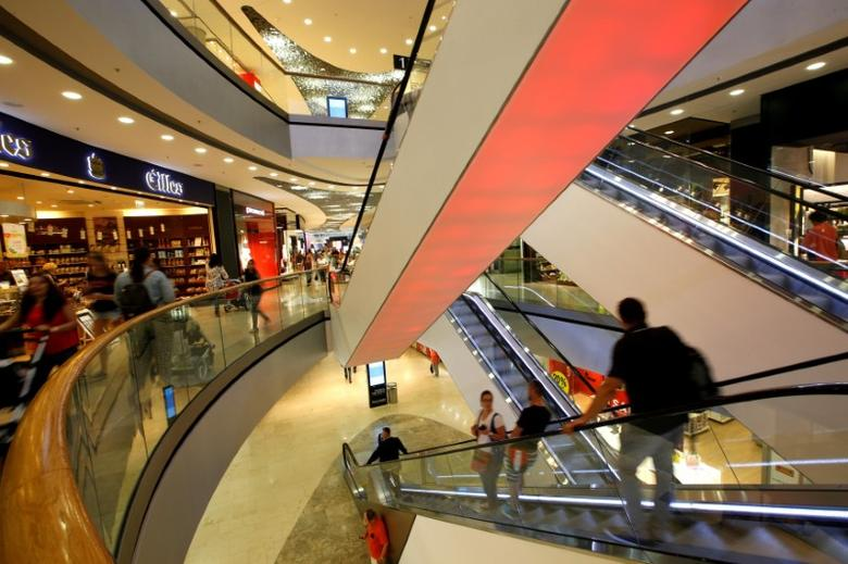 General view inside the shopping mall 'Pasing Arcaden' in Munich, Germany, August 18, 2016. REUTERS/Michaela Rehle/File Photo
