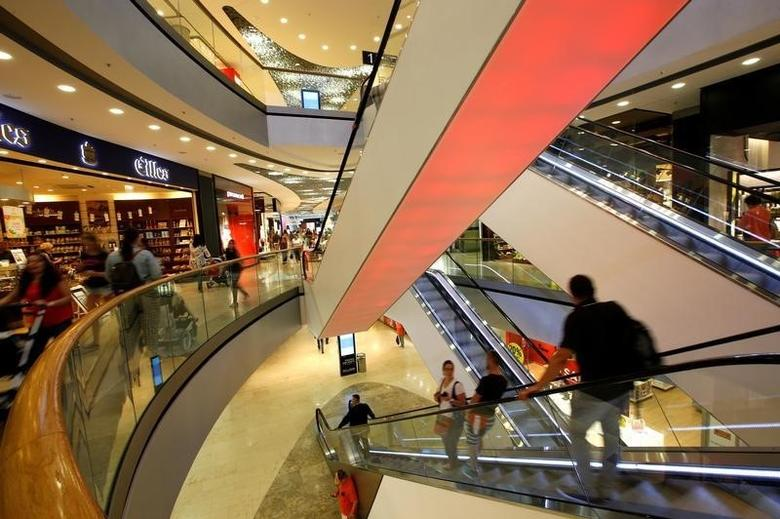General view inside of shopping mall 'Pasing Arcaden' in Munich, Germany August 18, 2016. REUTERS/Michaela Rehle/File Photo