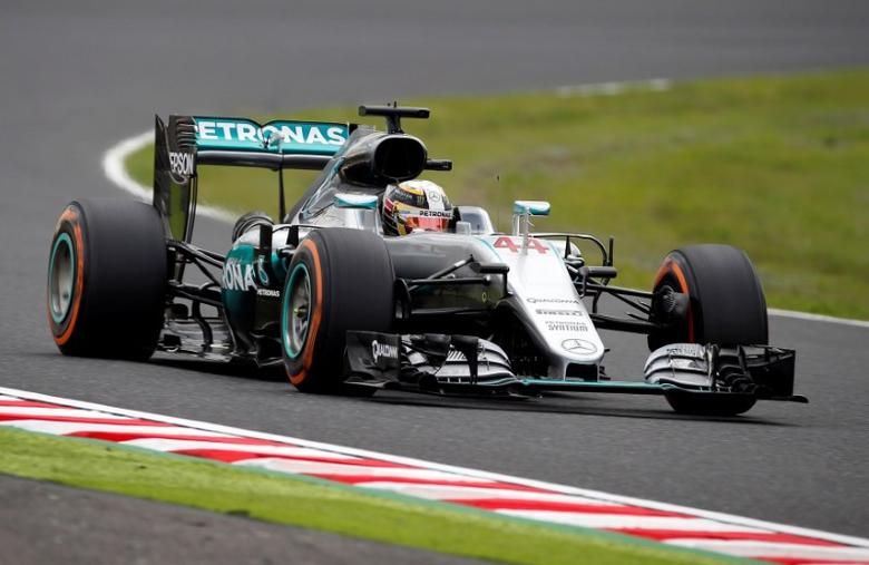Formula One - Japanese Grand Prix - Suzuka Circuit, Japan- 7/10/16.  Mercedes' Lewis Hamilton of Britain in action during second practice.  REUTERS/Toru Hanai