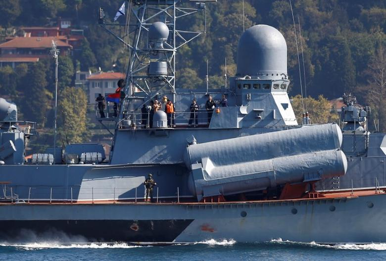 The Russian Navy's missile corvette Mirazh sails in the Bosphorus, on its way to the Mediterranean Sea, in Istanbul, Turkey, October 7, 2016. REUTERS/Osman Orsal