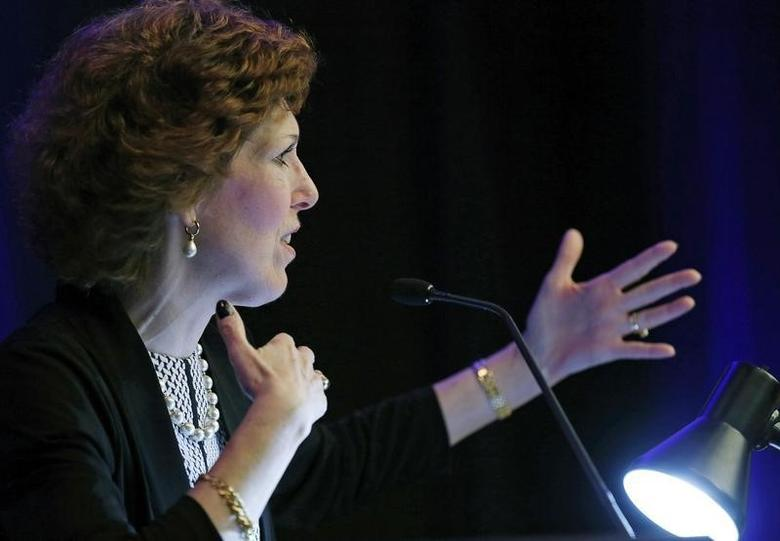 Cleveland Federal Reserve Bank President and CEO Loretta Mester gives her keynote address at the 2014 Financial Stability Conference in Washington December 5, 2014.  REUTERS/Gary Cameron