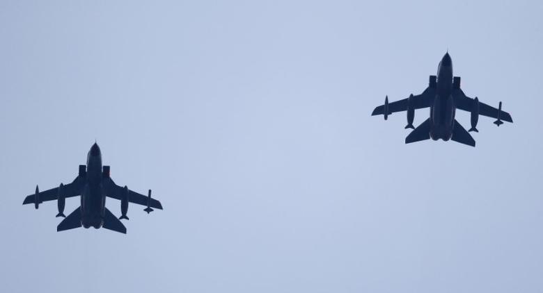 German air force Tornado jets approach to land at an airbase in Incirlik, Turkey, December 10, 2015.  REUTERS/Umit Bektas
