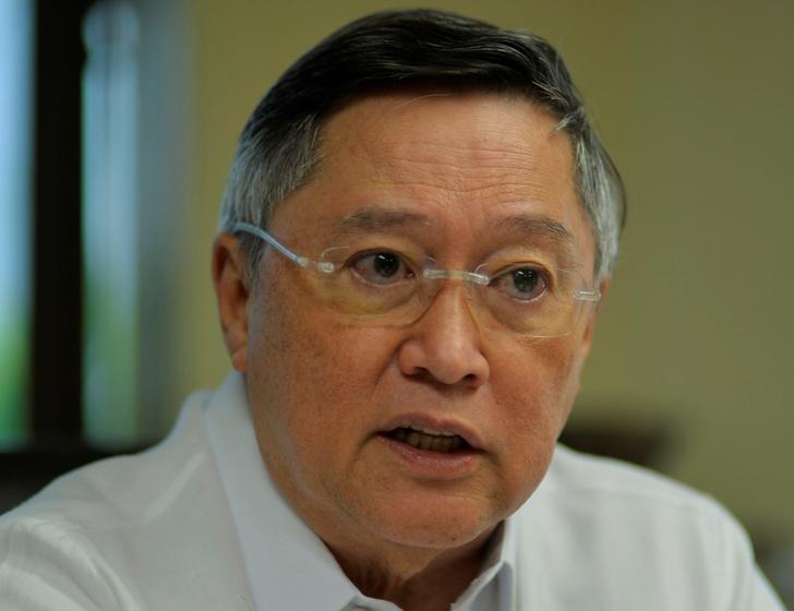 图为菲律宾财政部长多明戈斯。REUTERS/Ezra Acayan