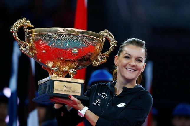 10月9日、テニスの中国オープンは北京で女子シングルス決勝を行い、アグニエシュカ・ラドワンスカ(写真)が6─4、6─2でジョアンナ・コンタを下して優勝した(2016年 ロイター/Thomas Peter)