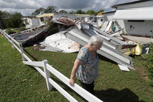 Florida digs out from Hurricane Matthew