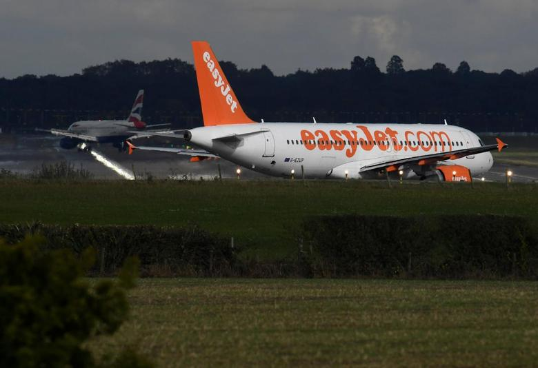 An EasyJet passenger aircraft  prepares for take off from Gatwick Airport in southern England, Britain, October 9, 2016. REUTERS/Toby Melville