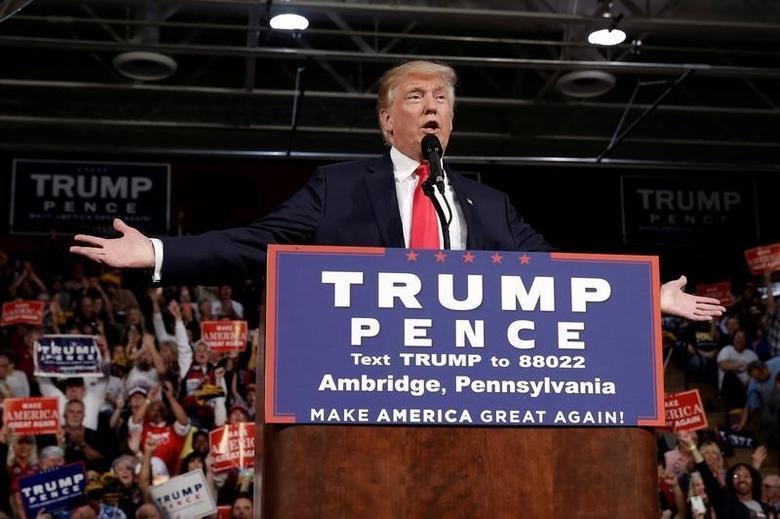 Republican U.S. presidential nominee Donald Trump speaks at a campaign rally in Ambridge, Pennsylvania, October 10, 2016.   REUTERS/Mike Segar