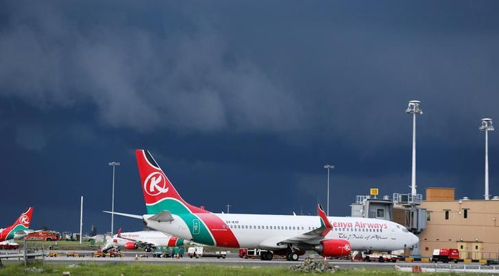 Kenya Airways planes are seen parked at the Jomo Kenyatta International airport near Kenya's capital Nairobi, April 28, 2016.   REUTERS/Thomas Mukoya/File Photo