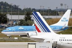 Air France-KLM, à suivre jeudi à la bourse de Paris. Jean-Marc Janaillac, le PDG du groupe aérien, a estimé mercredi que l'entreprise était confrontée à des coûts élevés, une structure trop complexe et un manque de confiance au sein de l'entreprise, trois mois après avoir pris les commandes. /Photo d'archives/REUTERS/Charles Platiau