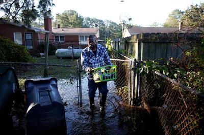 Hurricane Matthew hits the Carolinas