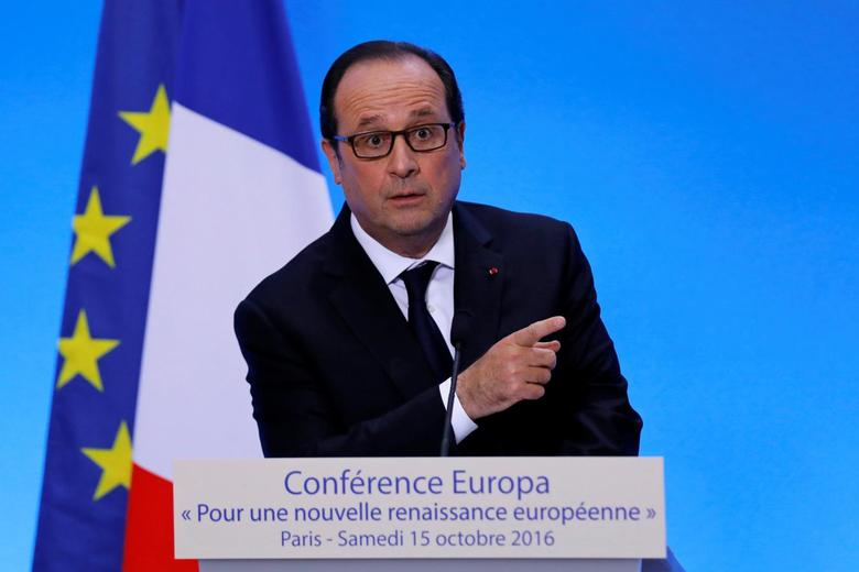 French President Francois Hollande delivers a speech at a conference organised by EuropaNova, a European think tank, at MINES ParisTech school in Paris, France, October 15, 2016. REUTERS/Benoit Tessier