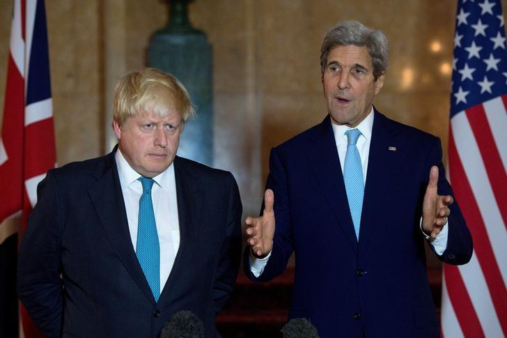 British Foreign Secretary Boris Johnson (L) and US Secretary of State John Kerry give a joint press conference after a meeting on the situation in Syria at Lancaster House in London October 16, 2016. REUTERS/JUSTIN TALLIS/Pool