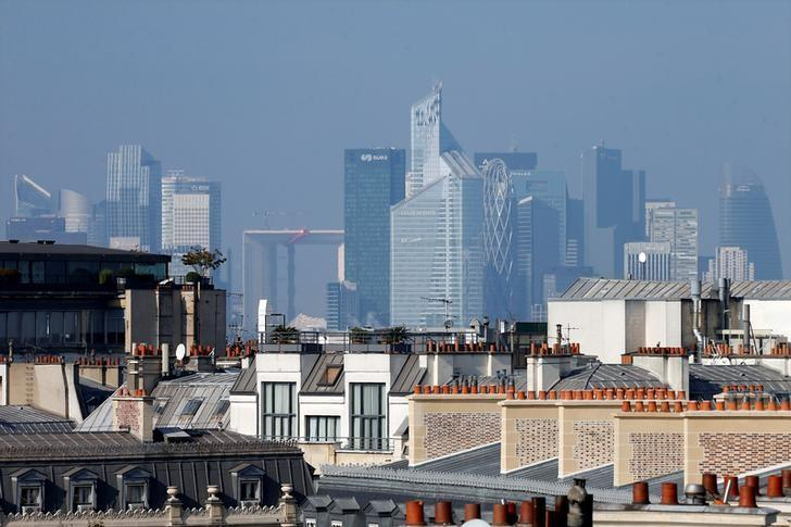 General view of the skyline of La Defense business district from Paris, France, October 12, 2016.  REUTERS/Charles Platiau