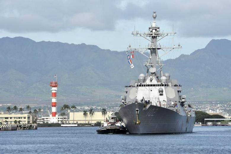 The guided-missile destroyer USS Sampson (DDG 102) arrives for a scheduled port visit in this U.S. Navy handout picture taken at Joint Base Pearl Harbor-Hickam, Hawaii, November 6, 2014.  REUTERS/U.S. Navy/Mass Communication Specialist 3rd Class Johans Chavarro/Handout/Files